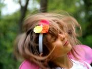 Land-und-Kind.de: Tanzendes Elfenkind