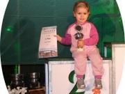 Ihr erster Pokal - Lausitz Laufserie 2011 in der Altersklasse Mädchen bis 5 Jahre ( sie war 3 Jahre)