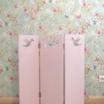 Auch wunderschöne Kleinmöbel für Kinder werden gefertigt - hier ein Prinzessinnen-Paravent