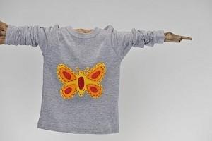 Schmetterling auf Shirt - Design und Copyright: Wurzelzwerge - Individuell und schön
