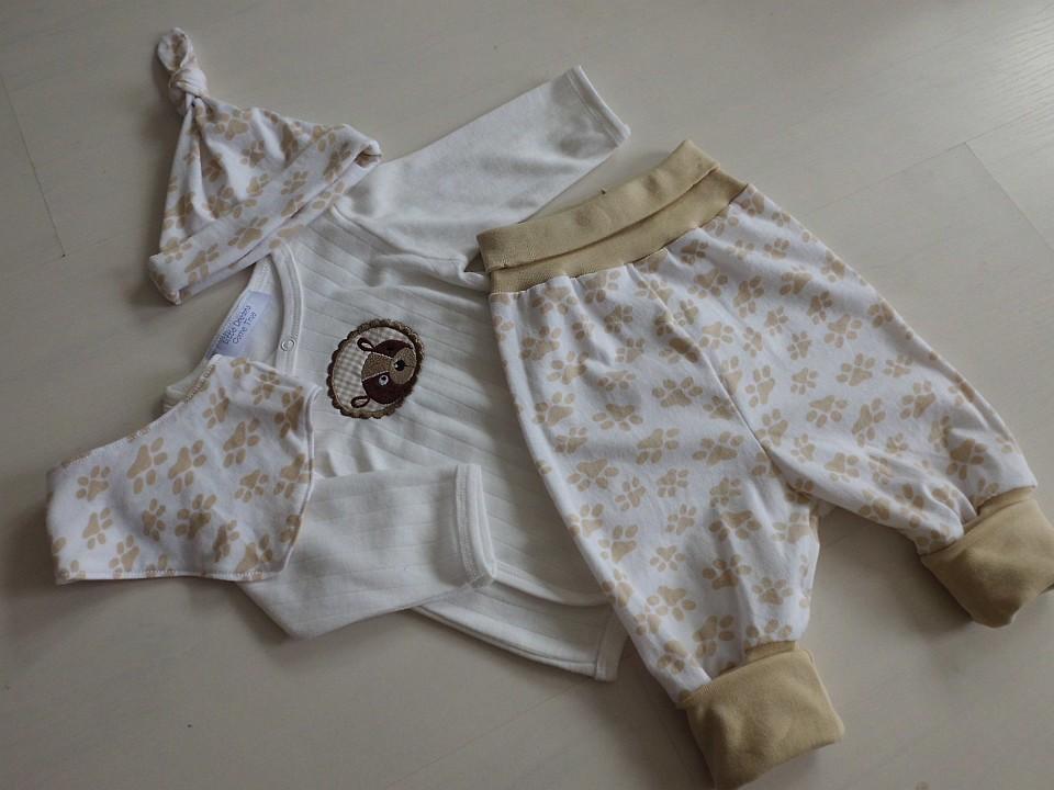 Komplettes Bekleidungsset für Babys Gr.62/68 von Little Dreams Come True