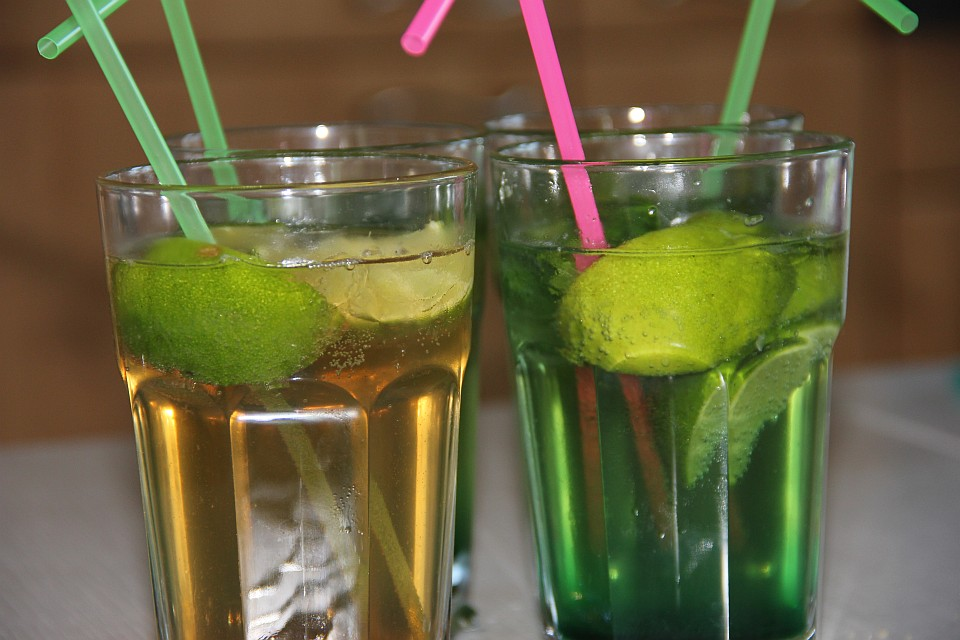 Virgin Caipirinha, Virgin Mojito: alkoholfreie Kinder-Cocktails