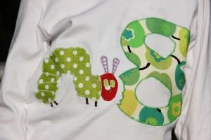 Geburtstags-Shirt mit toller Raupe-Nimmersatt-Applikation