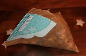 Leicht gebastelt: Hübsche Verpackung für ein Tee-Geschenk