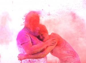 Holi Festival Shooting - Pigment Shooting - Farbpulver Shooting - pink rot