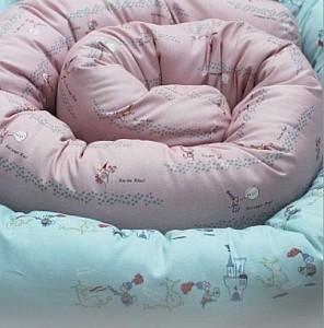 Machen das Babybett zum weichen Kuschelparadies: Nestchenschlangen