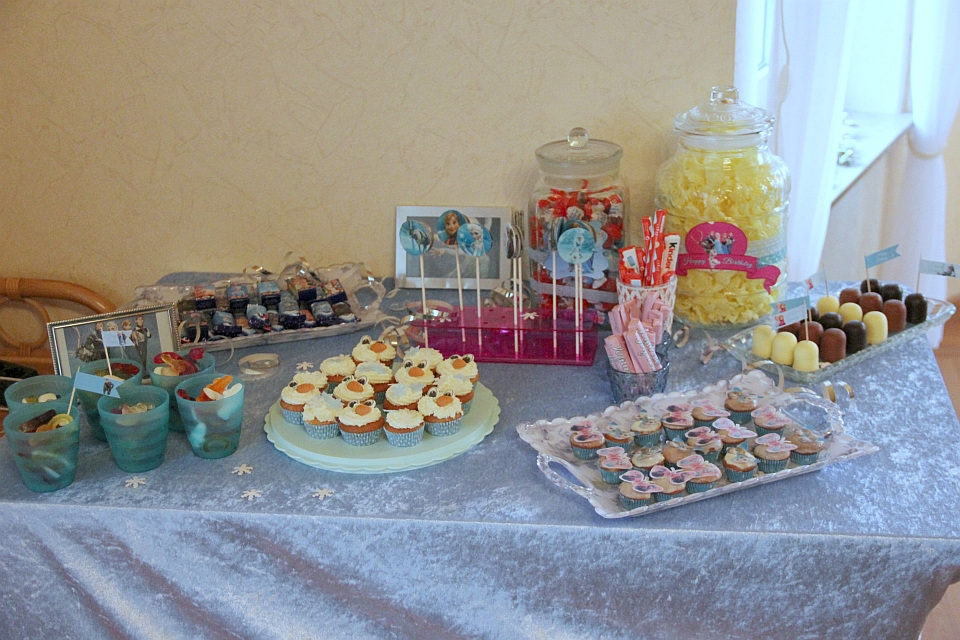 Kinderparty, Elsa, Anna, Olaf, Frozen